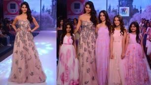 'CUTE Pooja Hegde Walks The Ramp At India Kids Fashion Week 2017'