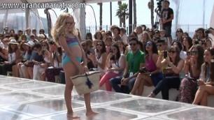 'Moda Cálida Kids Fashion (baño infantil) Swimwear Fashion Week'