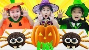 'Suri & Annie Pretend Play Halloween Costume Party for Kids'