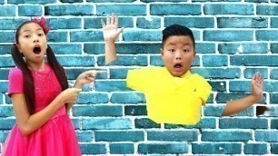 'Wendy and Alex Pretend Play Jump through Wall Funny Magic for Kids'