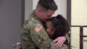 'Fort Hood soldier surprises kids at school'