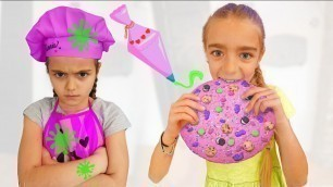 'Gisele y Claudia decoran galletas para merendar Las Ratitas videos for kids'